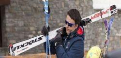M5S contro Matte Renzi : Vacanze sulla neve con il volo di Stato!