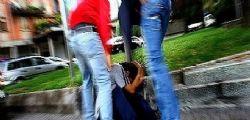 Brindisi  : 13enne disabile picchiato sullo scuolabus