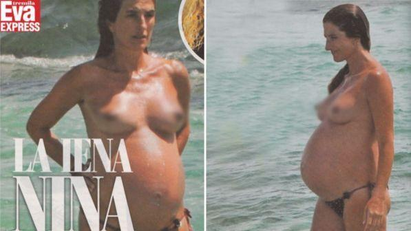 La Iena Nina Palmieri in topless