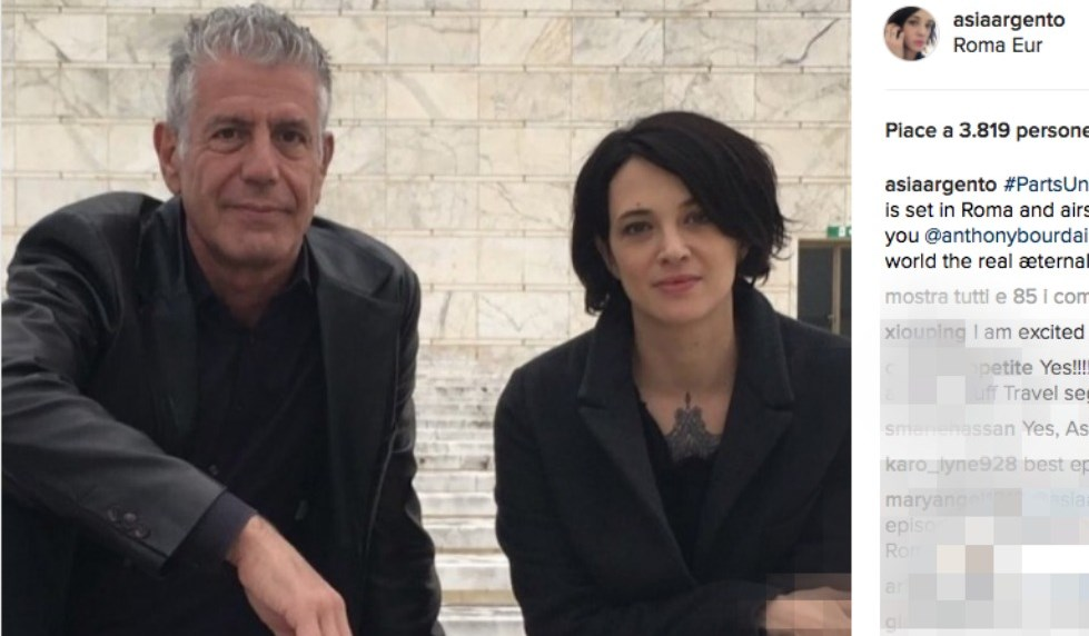 Asia Argento con lo chef Anthony Bourdain
