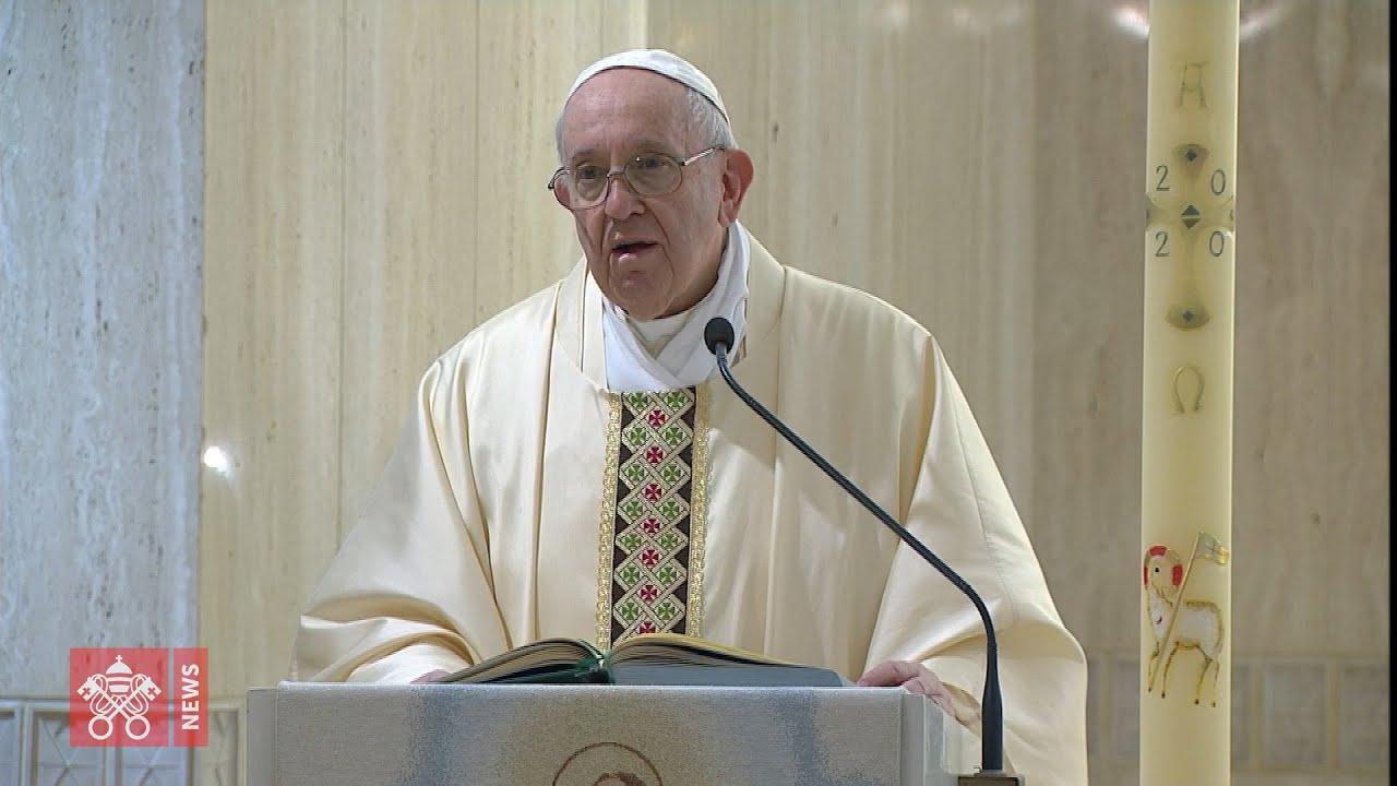 Papa Francesco : abbandonare mondanità e ricchezze