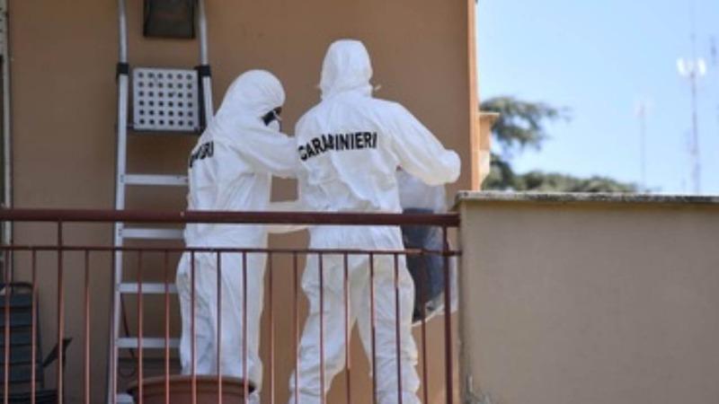 Giallo a Roma, trovato cadavere carbonizzato sul balcone