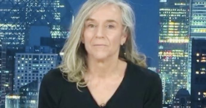 Striscia la Notizia contro Giovanna Botteri criticata per l