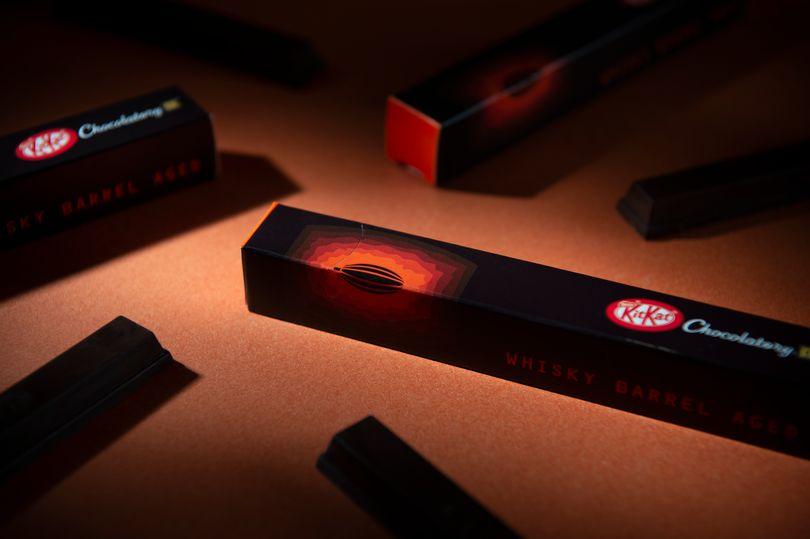 Kit Kat lancia il cioccolato invecchiato in botti di whisky