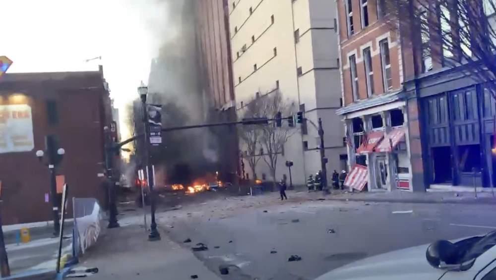 USA: Nashville Esplode Autobomba. Polizia Possibile Bersaglio?
