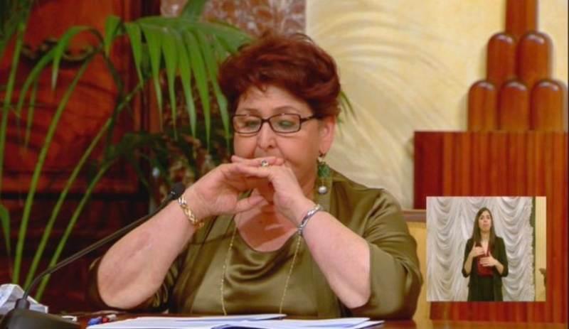 Perchè piange il ministro Bellanova? Meloni: migliaia di italiani piangono