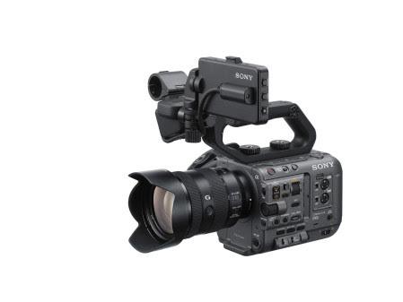 Sony ha presentato la nuova videocamera FX6