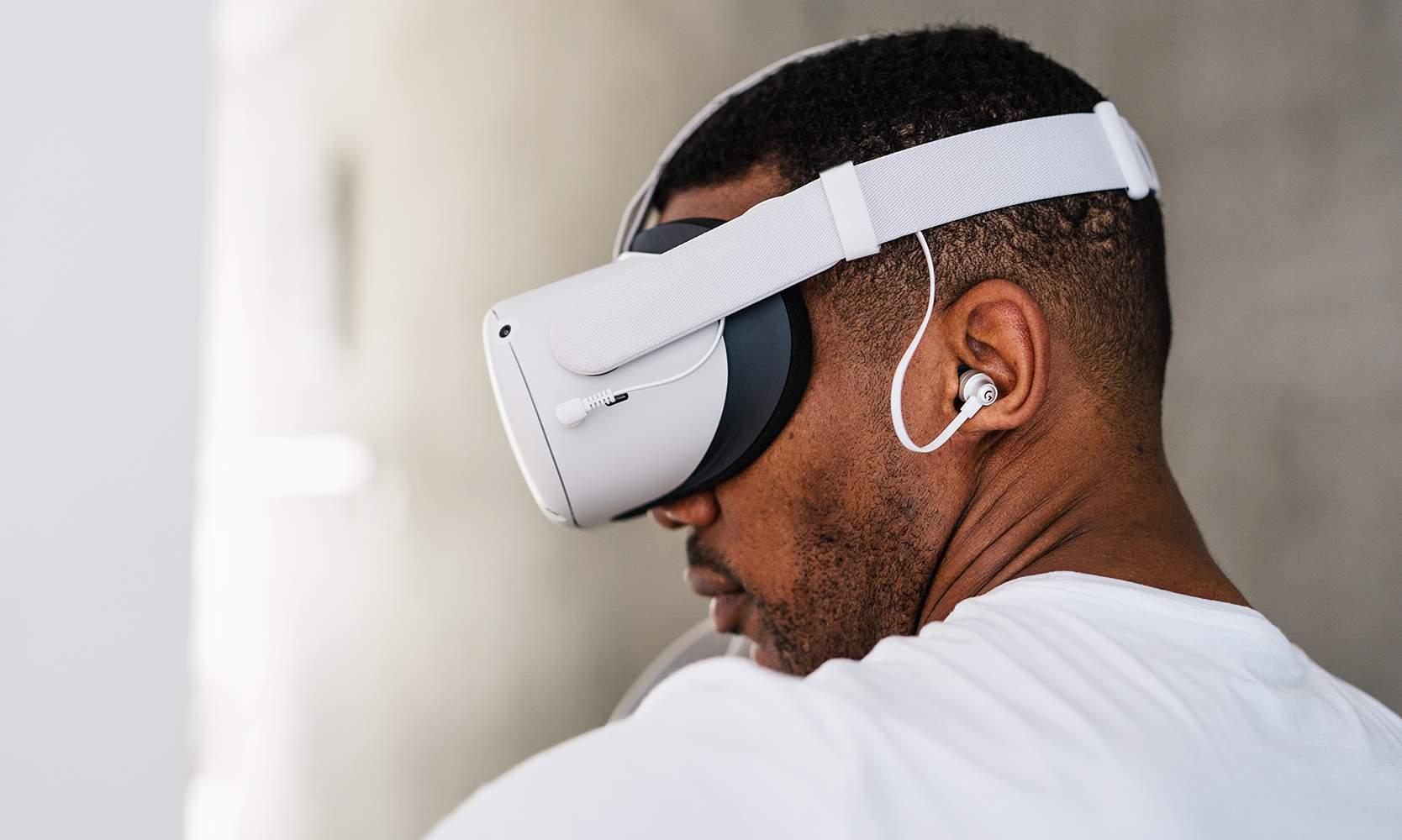 Logitech G: Arrivano le G333 VR e le Logitech G PRO per Oculus Quest 2