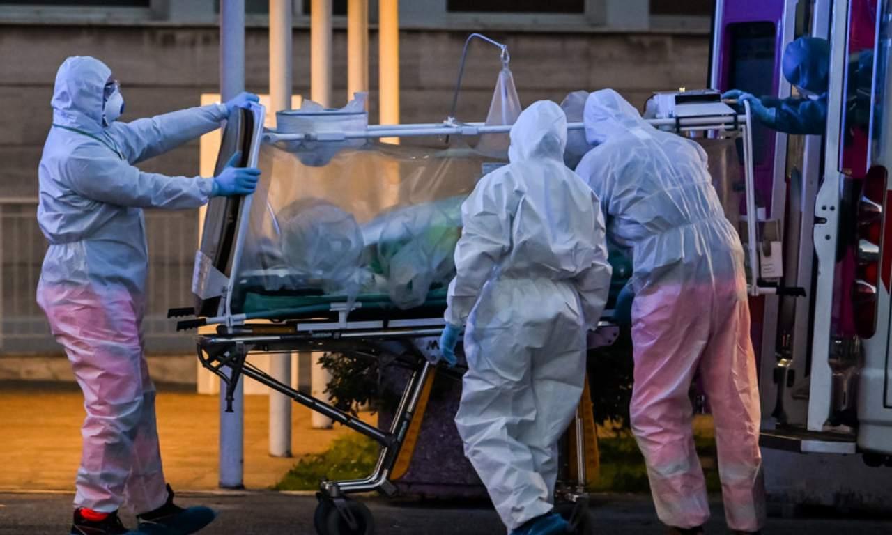 Sparisce premio per medici e infermieri. 202 morti invano: beffati da chi non li ha protetti