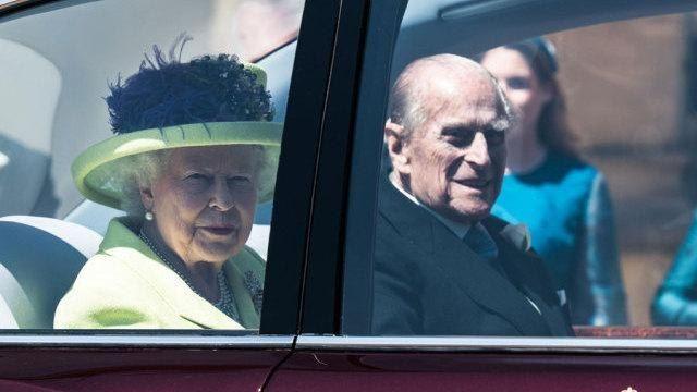 Un motivo ben preciso! Ecco perchè la famiglia reale non la indossa la Cintura di sicurezza