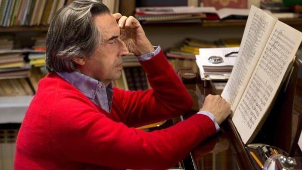 'A raccontare comincia tu' : Raffaella Carrà intervista Riccardo Muti