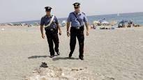 Pisa, scoperta choc sulla spiaggia di San Rossore : Rinvenuto un teschio umano con vertebre