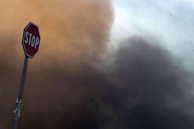 Roma : Incendio nell' impianto di trattamento rifiuti in via Salaria
