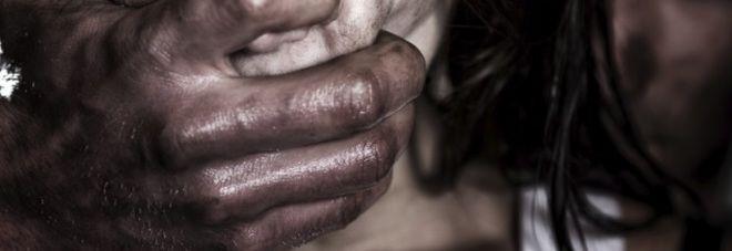 Milano : Tassista egiziano abusivo stupra una ragazza di 20 anni ubriaca