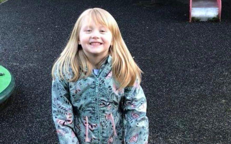 Alesha MacPhail : Bambina di sei anni uccisa mentre è in vacanza con i nonni