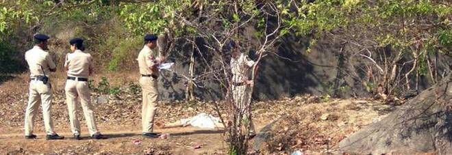 India, trovata ragazza irlandese senza vita in spiaggia : Probabile stupro finito in tragedia
