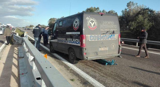 Assalto al portavalori con fucile e canne mozze : Terrore sulla superstrada Lecce-Brindisi