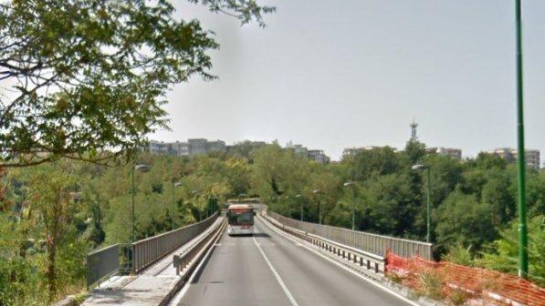 Benevento, Mastella chiude il ponte San Nicola progettato da Morandi : Meglio disagi che tragedie