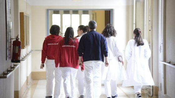 Bari, assenteismo in ospedale, 13 arresti