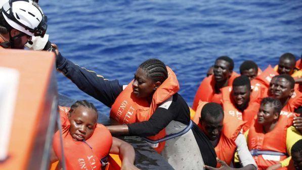 Migranti : naufragio Mar Egeo, almeno due morti