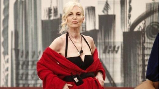 GF VIP, Signoretti : La Marchesa d'Aragona vive in un bilocale ed è figlia di un tranviere e una casalinga