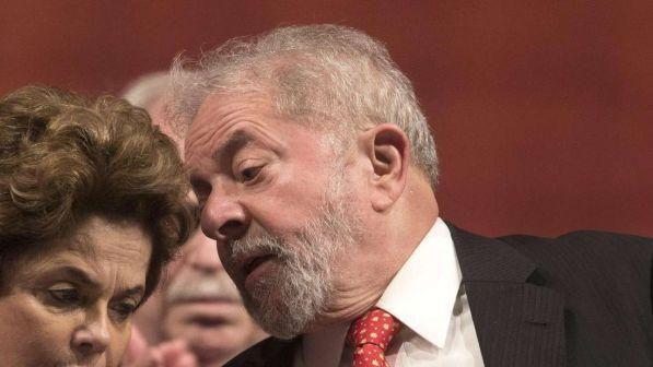 Brasile : Il presidente Lula ha 24 ore per costituirsi