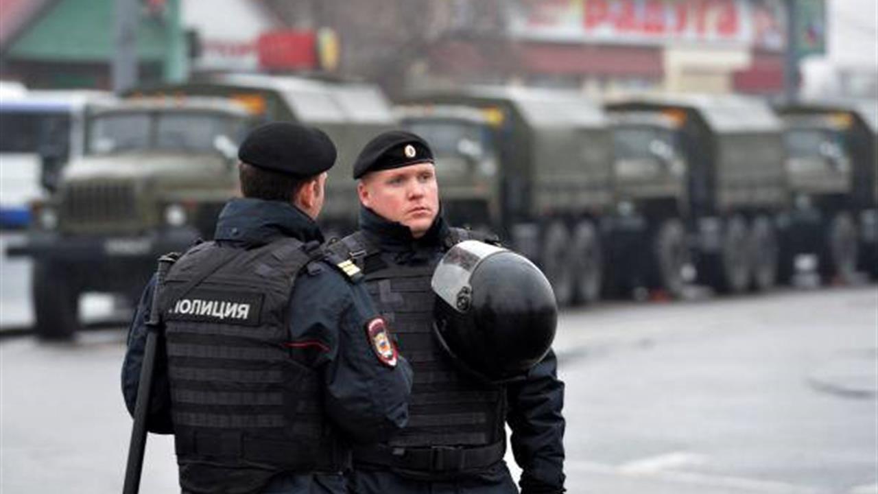 Aggredisce e accoltella otto passanti in Russia : ucciso dalla polizia