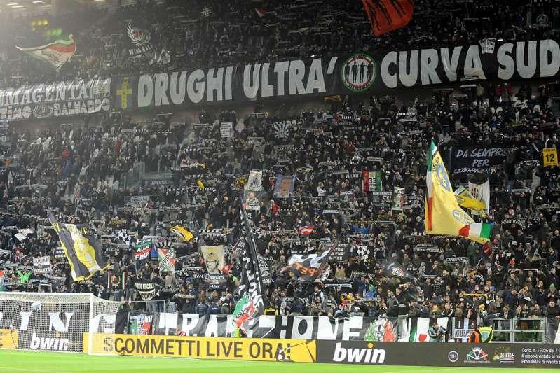 Nuove accuse alla Juventus : In quella curva entrava di tutto