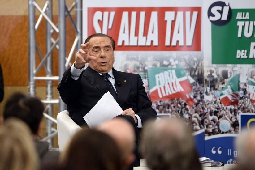 Più tasse, meno pensioni! L'allarme di Silvio Berlusconi sulla Manovra