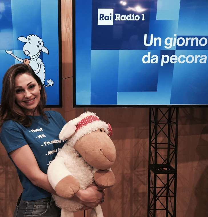 Anna Tatangelo ... con Gigi D'Alessio ci siamo lasciati da un anno