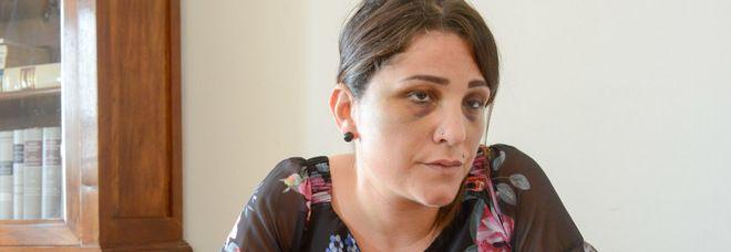 Macerata : 30enne massacrata a calci e  pugni per un sms dell'ex