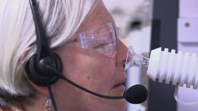 L' ex infermiera Joy Milne riconosce il morbo di Parkinson grazie al suo olfatto