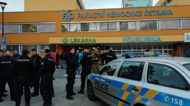 Repubblica Ceca, sparatoria in un ospedale universitario! Sei morti, killer suicida
