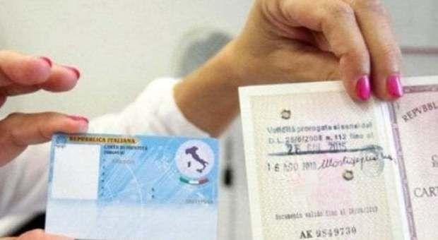 Carta identità, Il Garante privacy boccia padre e madre. Matteo Salvini: Noi andiamo avanti
