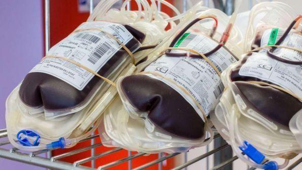 Trasfusione forzata a una testimone di Geova : medico condannato