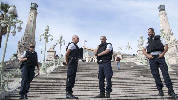 Terrorismo Francia, sventato altro attentato : Arrestati due fratelli egiziani