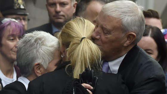 Processo per l'omicidio della laburista Jo Cox : condannato all'ergastolo Thomas Mair