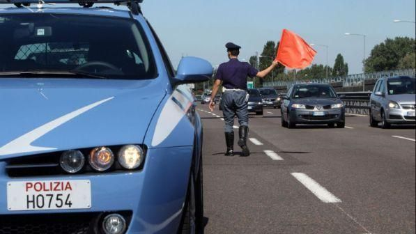 Bologna/ Persona investita da un Tir : chiuso un tratto della A13