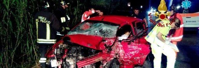Livorno : Incidente frontale tra due auto, il cuoco 37enne Alessandro Pipino perde la vita