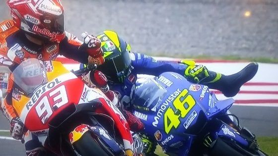 VIDEO Valentino Rossi GP Argentina : Marquez è pericoloso. Non mi deve più guardare in faccia
