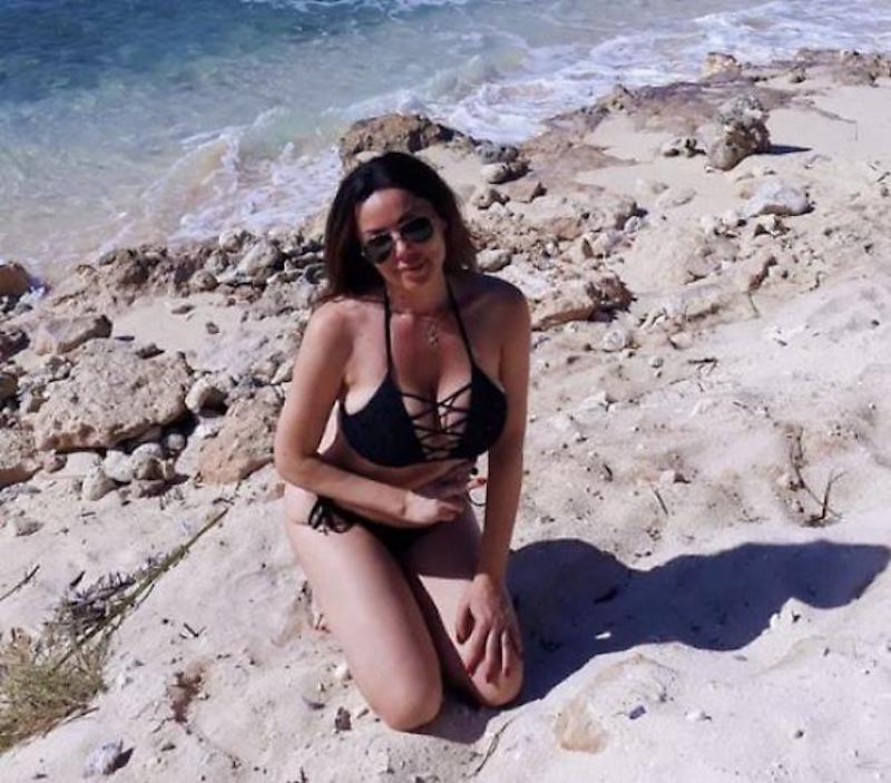 Che curve! La giornalista Rai Josephine Alessio in bikini
