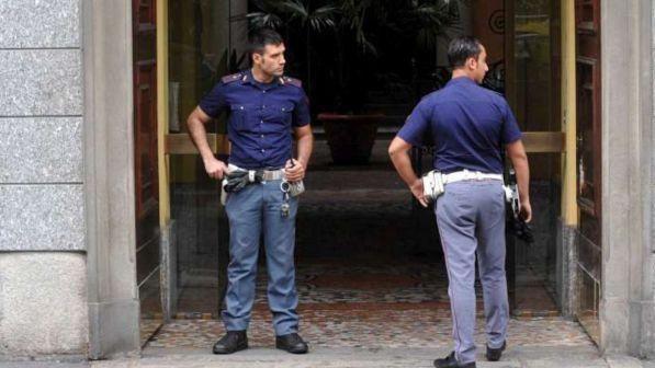 Lite Anagrafe a Roma : Per difendere la moglie stacca orecchio a morsi a un uomo