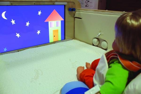 Firenze, la palestrina robot che cura i bambini con paralisi cerebrale : Successo per 50 bimbi