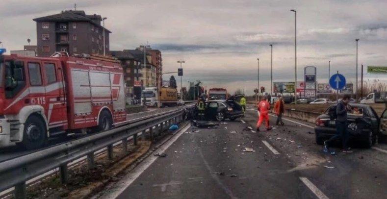 Incidente Milano, 69enne morto sul colpo, grave un bambino di 5 anni