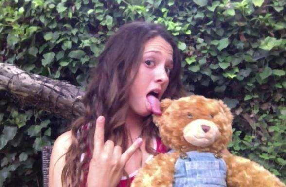 Mackenzie Rosman hot a 24 anni : la piccola Ruthie piccante!