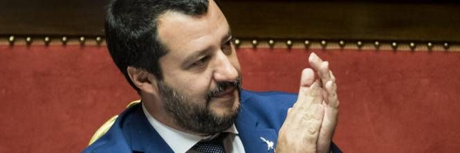 Non arretro di un millimetro! Il monito di Matteo Salvini a sindaci