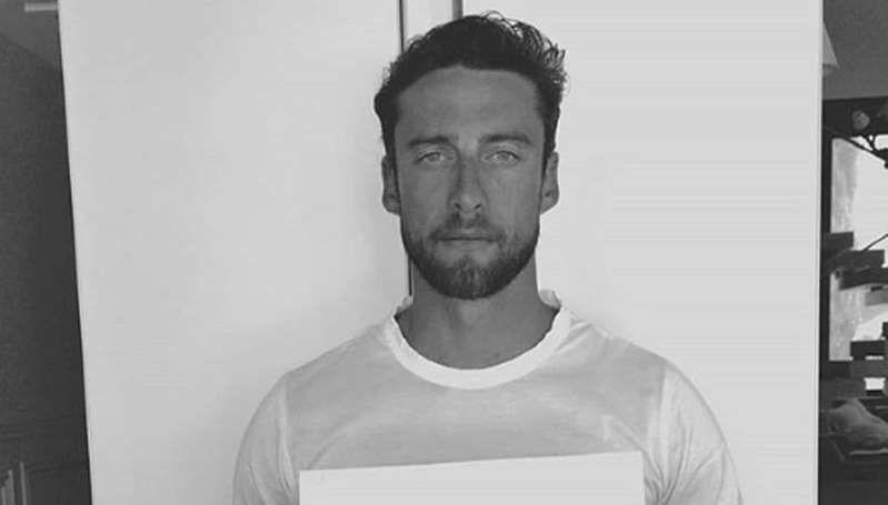 Claudio Marchisio sta coi rifugiati ... scoppia la polemica