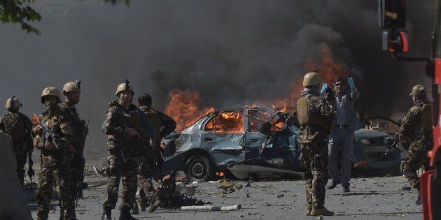 Kabul - Isis rivendica attentato : 90 morti