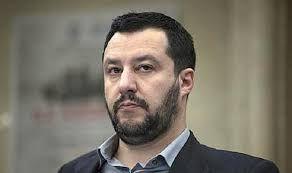 Matteo Salvini litiga coi giornalisti a Strasburgo