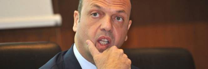 Agrigento - scandalo per il papà di Angelino Alfano : Indagato per assunzioni pilotate